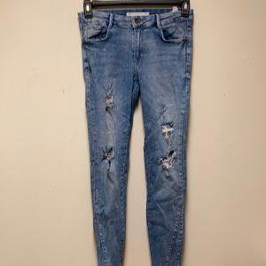 Zara Trafaluc denim wear size 4/6 distressed jeans